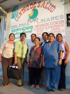 Community health workers and Miriam Tapia (second from left), representing local partner, Socios para el Desarrollo, at the MCHIP-supported Colonia Linares Health Center, which provides care to pregnant women in the Bermejo Obstetric Network.