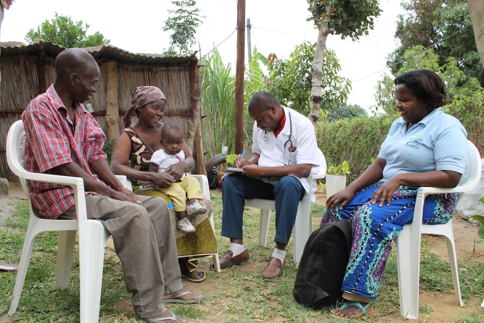 Lay counselors bring HIV testing and counseling services to Mozambicans directly where they live. This government-sponsored program has reached more than 1.2 million people with support from the U.S. Centers for Disease Control and Prevention and Jhpiego.