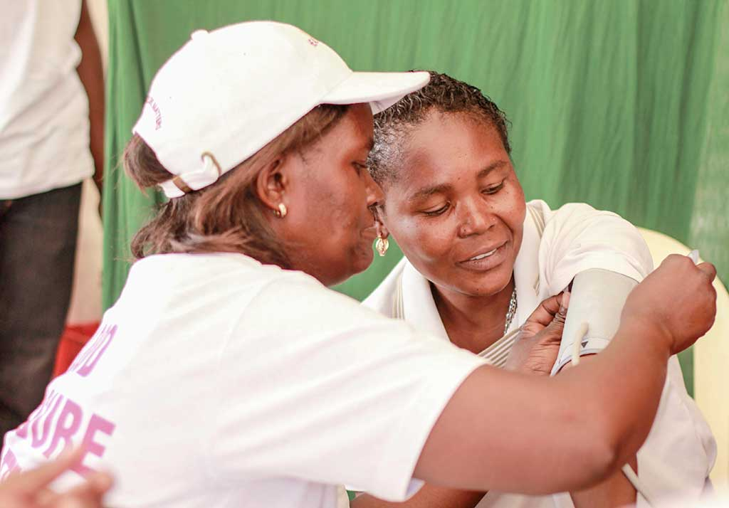 HEALTHY HEART AFRICA, an innovative program,offers screening and inexpensive drugs to help treat hypertension in Kenyans.