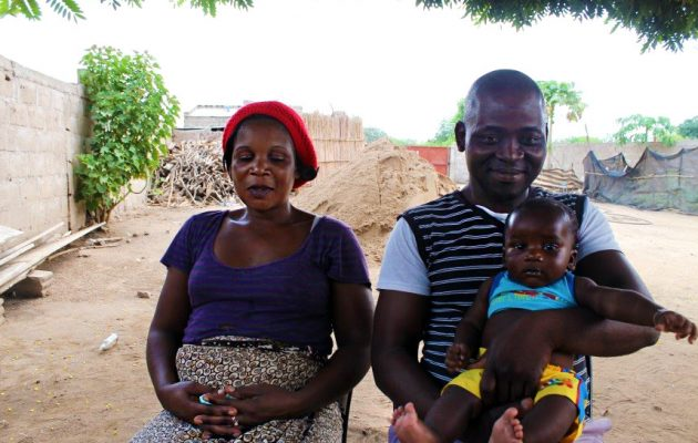 Engaging men in pregnancy and childbirth decisions reaps benefits this Mozambique mom, baby and family.
