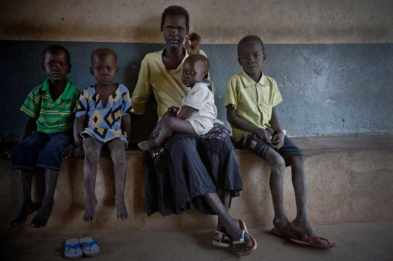 Mother and children, Sudan